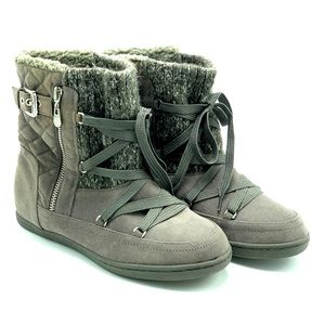 G by GUESS- Roberta Soft Lined Lace Up Winter Boot